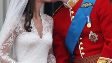 Prince William Kate Middleton Kiss April