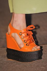 zeppe moschino cheap and chic