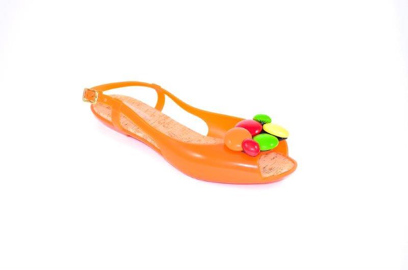 Vialactea_modello Chanel Mod Carnaby arancio con pietre colorate