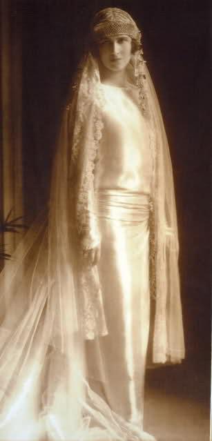 Abiti Da Sposa Del 900.L Abito Da Sposa Dei Primi Del Novecento
