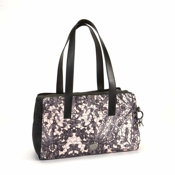 KIPLING-WITH-HELENA-CHRISTENSEN-FW-13_tote-L_lace