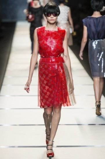 vestito-rosso-fuoco-di-fendi