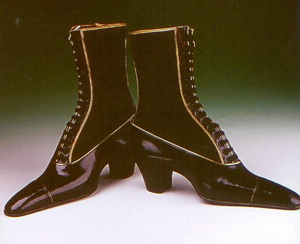 new concept 01346 84e12 I vari tipi di scarpe nel corso dei secoli.