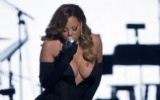 Ma come ti vesti? Mariah Carey ai Bet Awards 2014