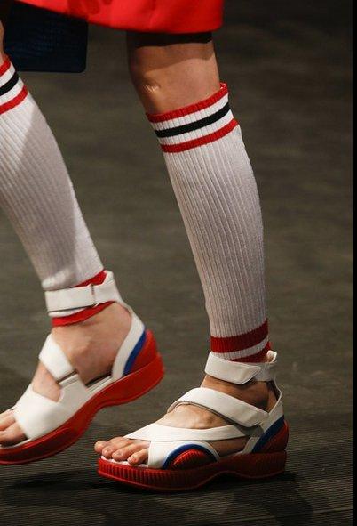 scarpe-prada-primavera-estate-2014-sandali-flat