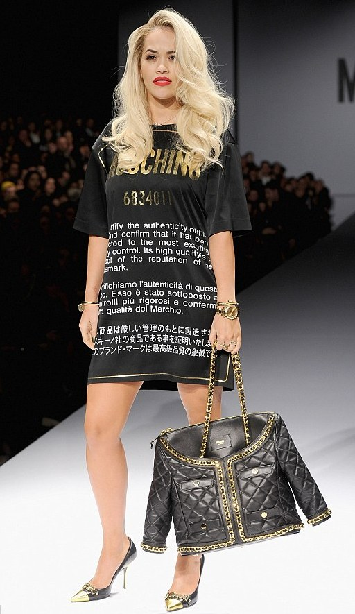 rita ora moschino milano fashion week