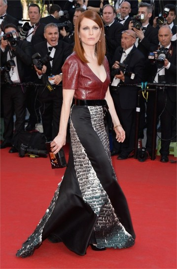 julianne-moore-in-louis-vuitton