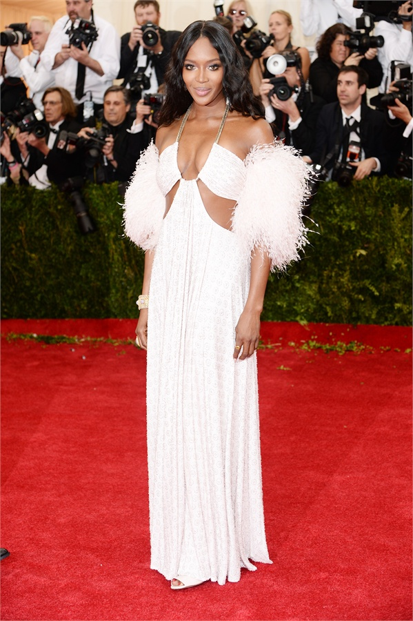 naomi campbell in givechy