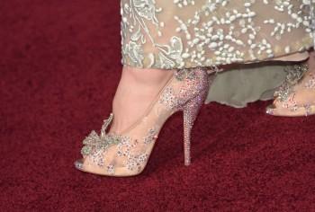 Le scarpe e l'abito di Cenerentola