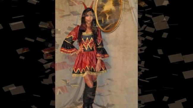 vestiti di carnevale d'epoca