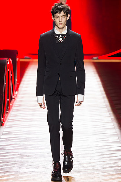 1453755656_Smoking-Dior-Homme