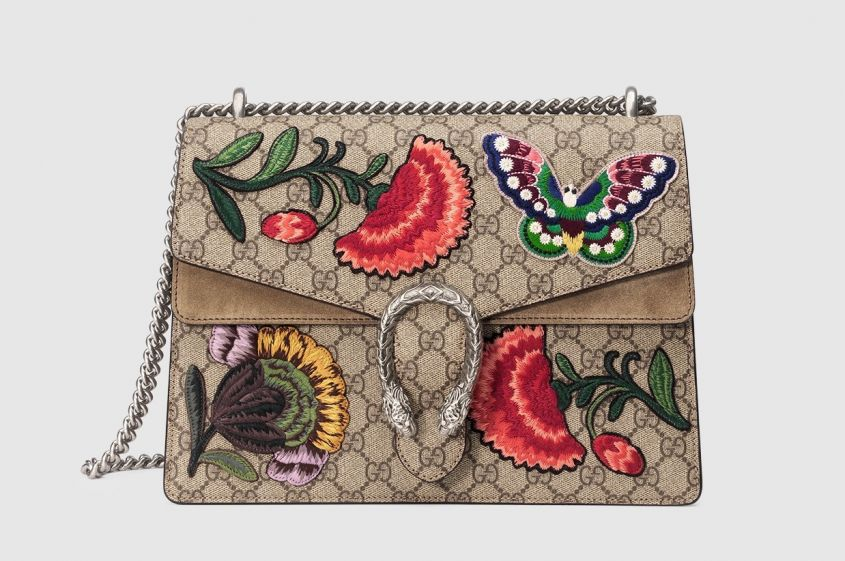Borsa-a-spalla-in-tessuto-logato-con-farfalle