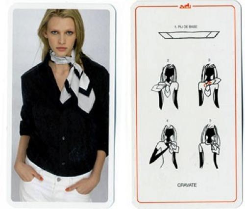 Come indossare un foulard quadrato - Donnamoderna