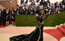 I Look del Met Gala 2016: gli abiti in e quelli out