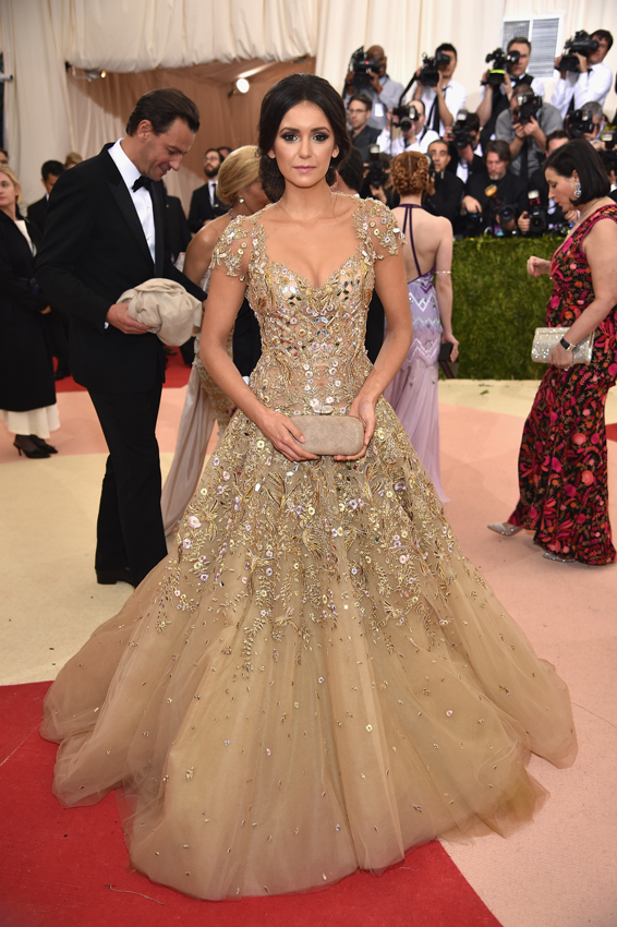 Nina-Dobrev-in-Marchesa