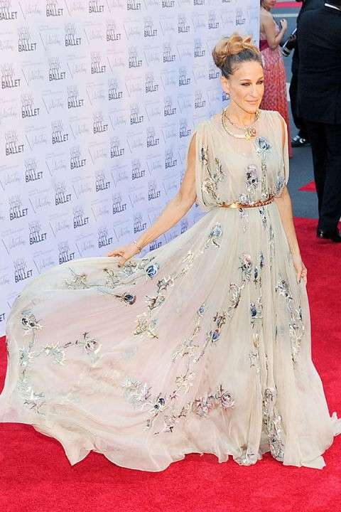 sarah-jessica-parker-in-valentino