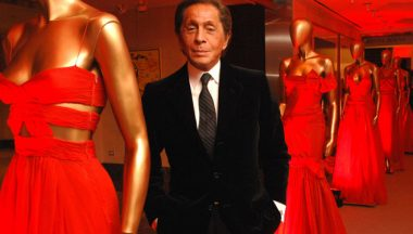 Un colore per ogni stilista: dal Blu Lanvin al Rosso Valentino