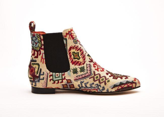 borse e scarpe ricamate