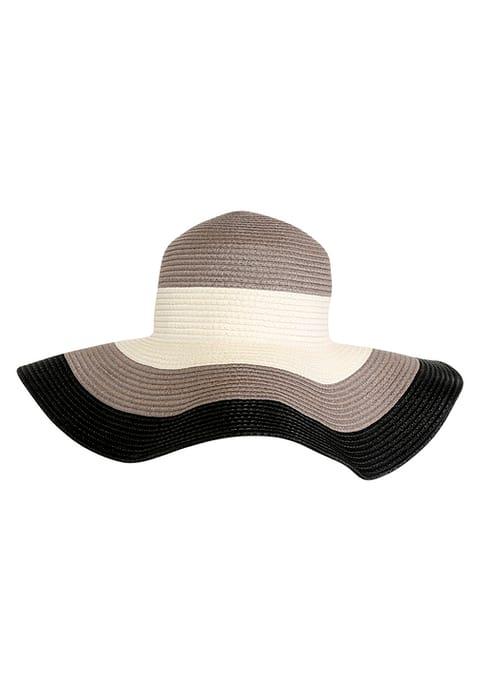 cappelli per la primavera-estate 2017