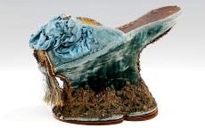 Le chopine: le zeppe ad alto rischio di frattura del XV secolo